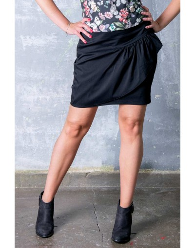 Black skirt with frill